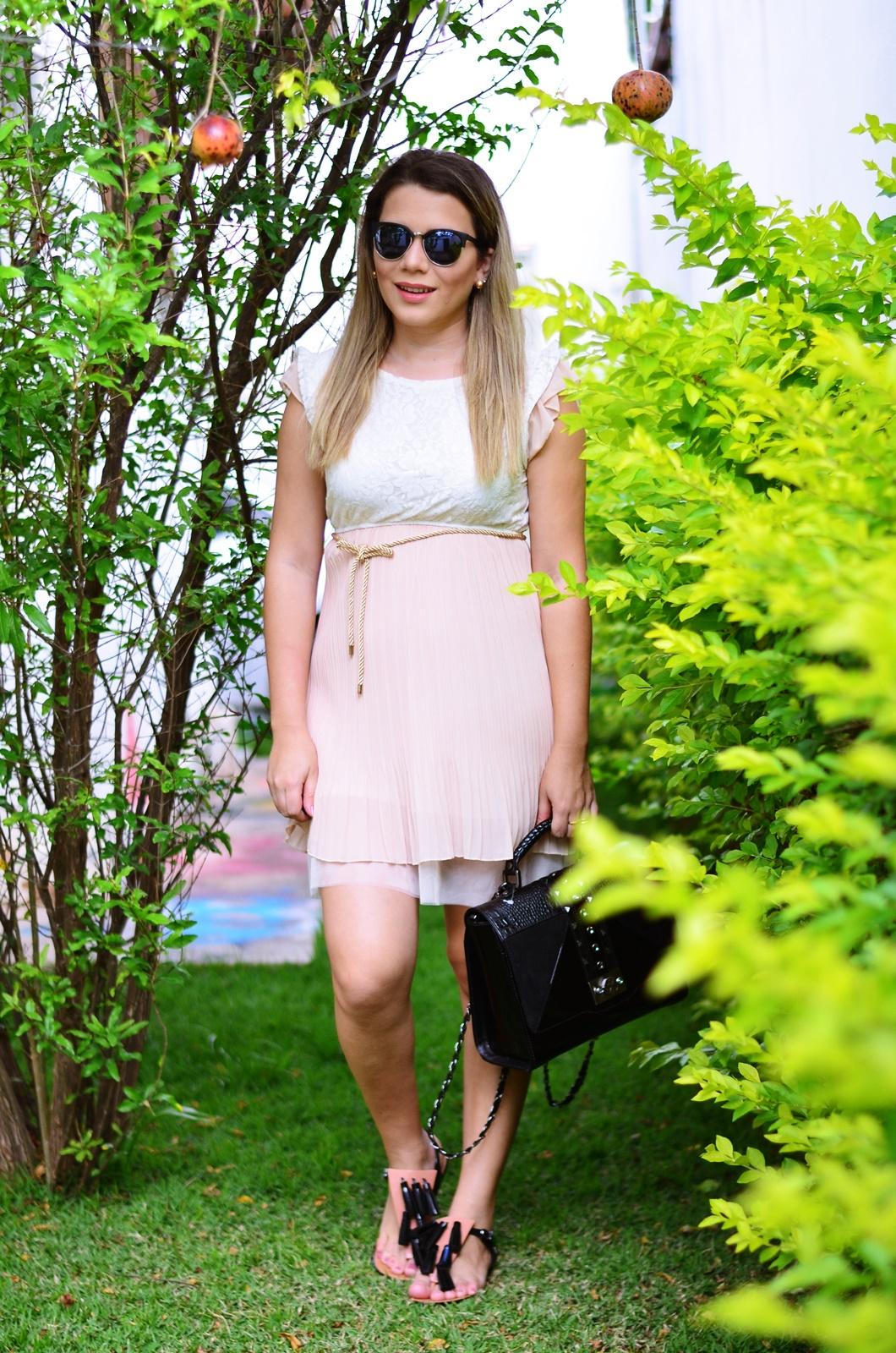 look gestante vestido bege + melissa solar + salinas 2