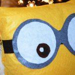 DIY Travesseiro Minions – Faça Você Mesma
