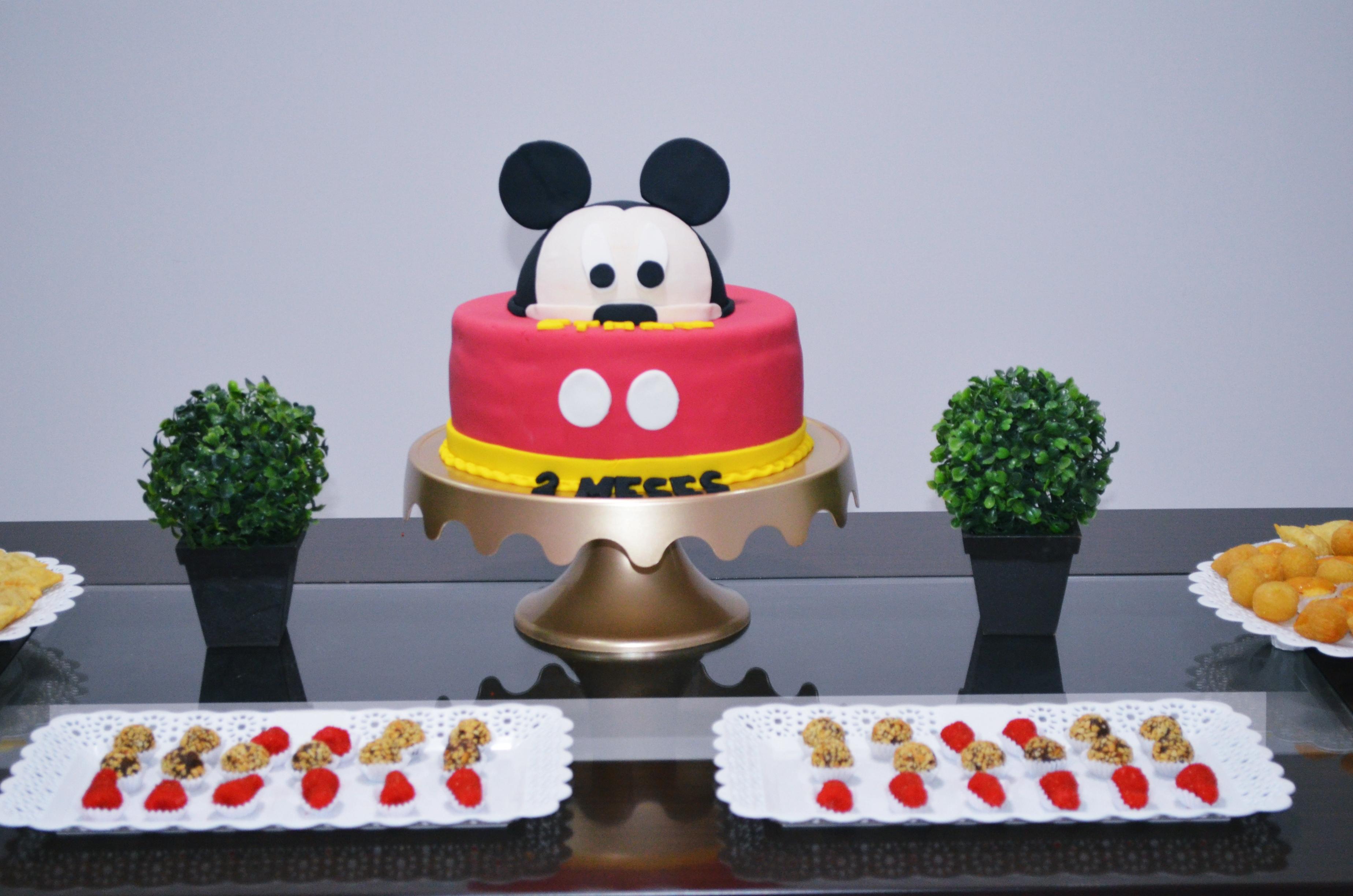 2 mesversario baby ethan - tema mickey mouse 2