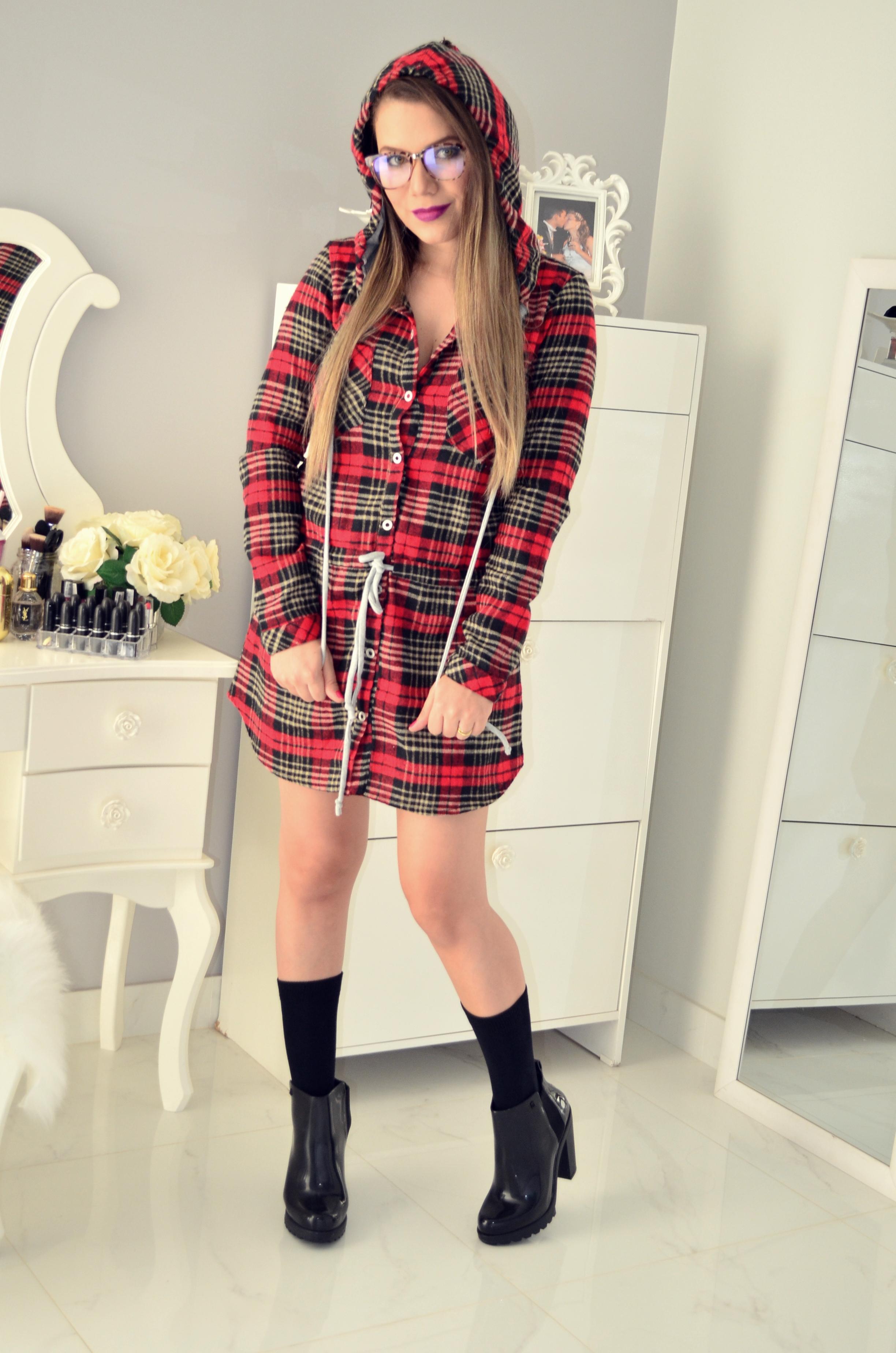 vestido xadrez e bota melissa 4