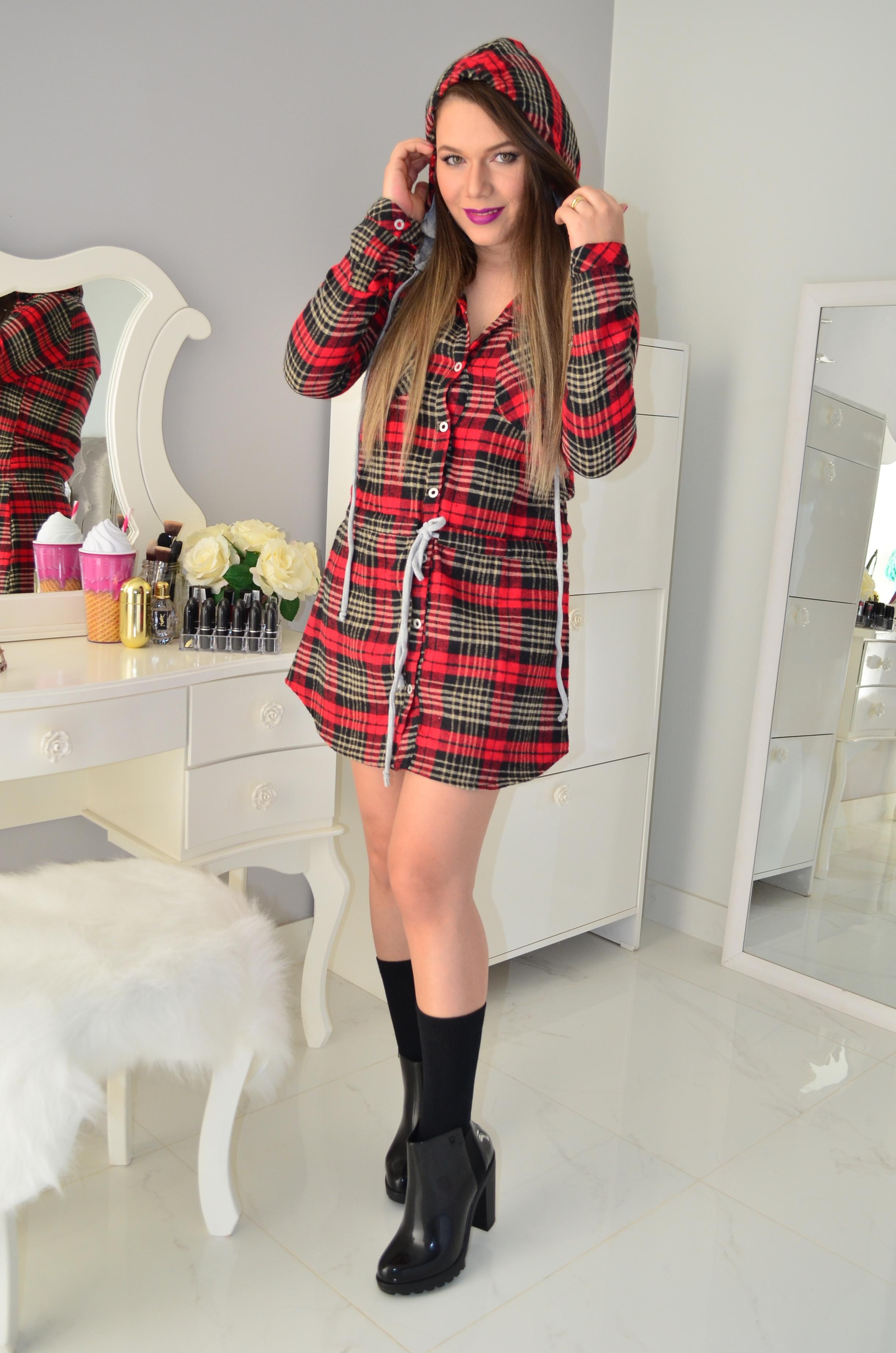 vestido xadrez e bota melissa12