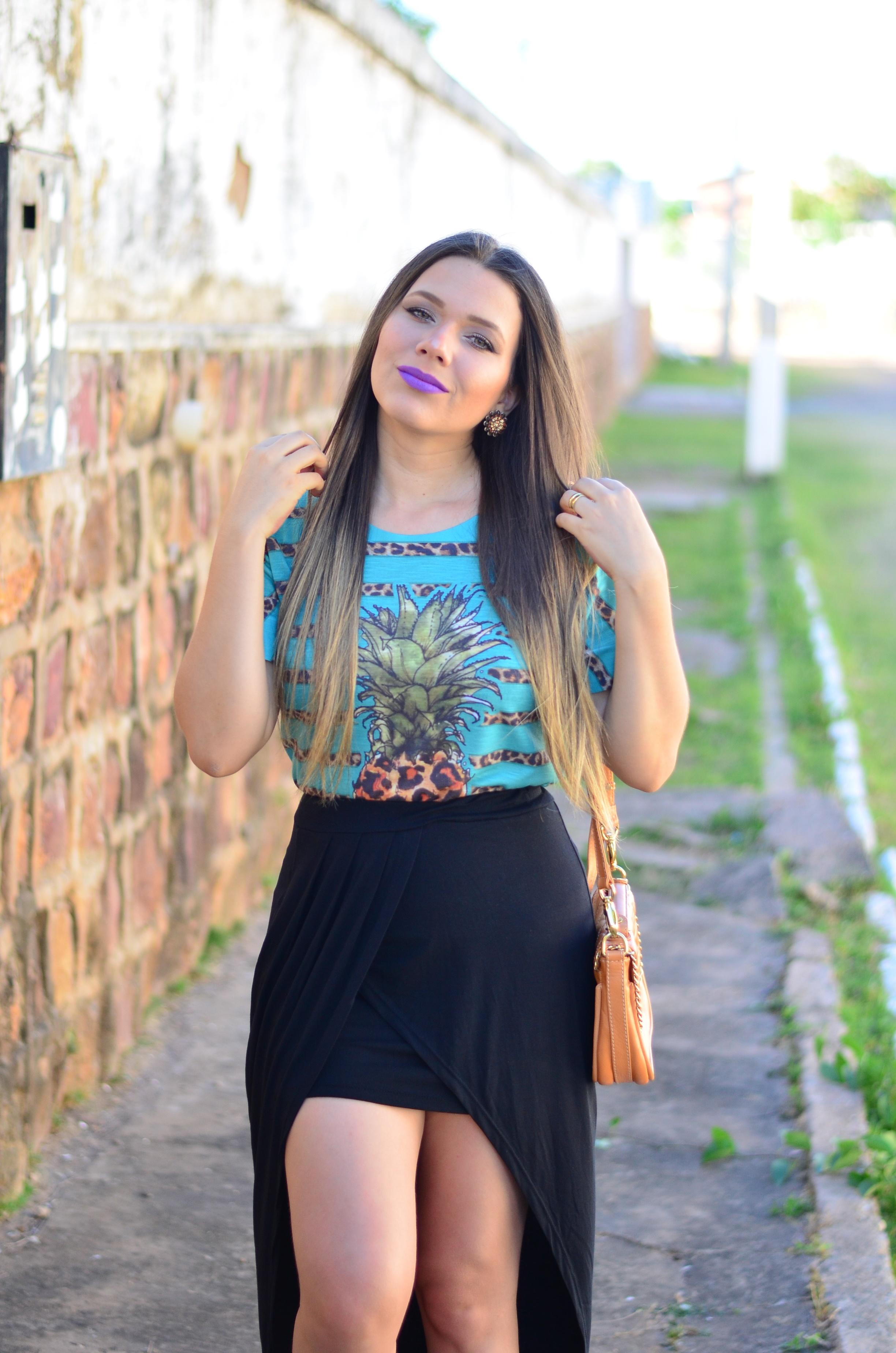 look-saia-assimetrica-t-shirt-abacaxi-melissa-hotness-salinas16
