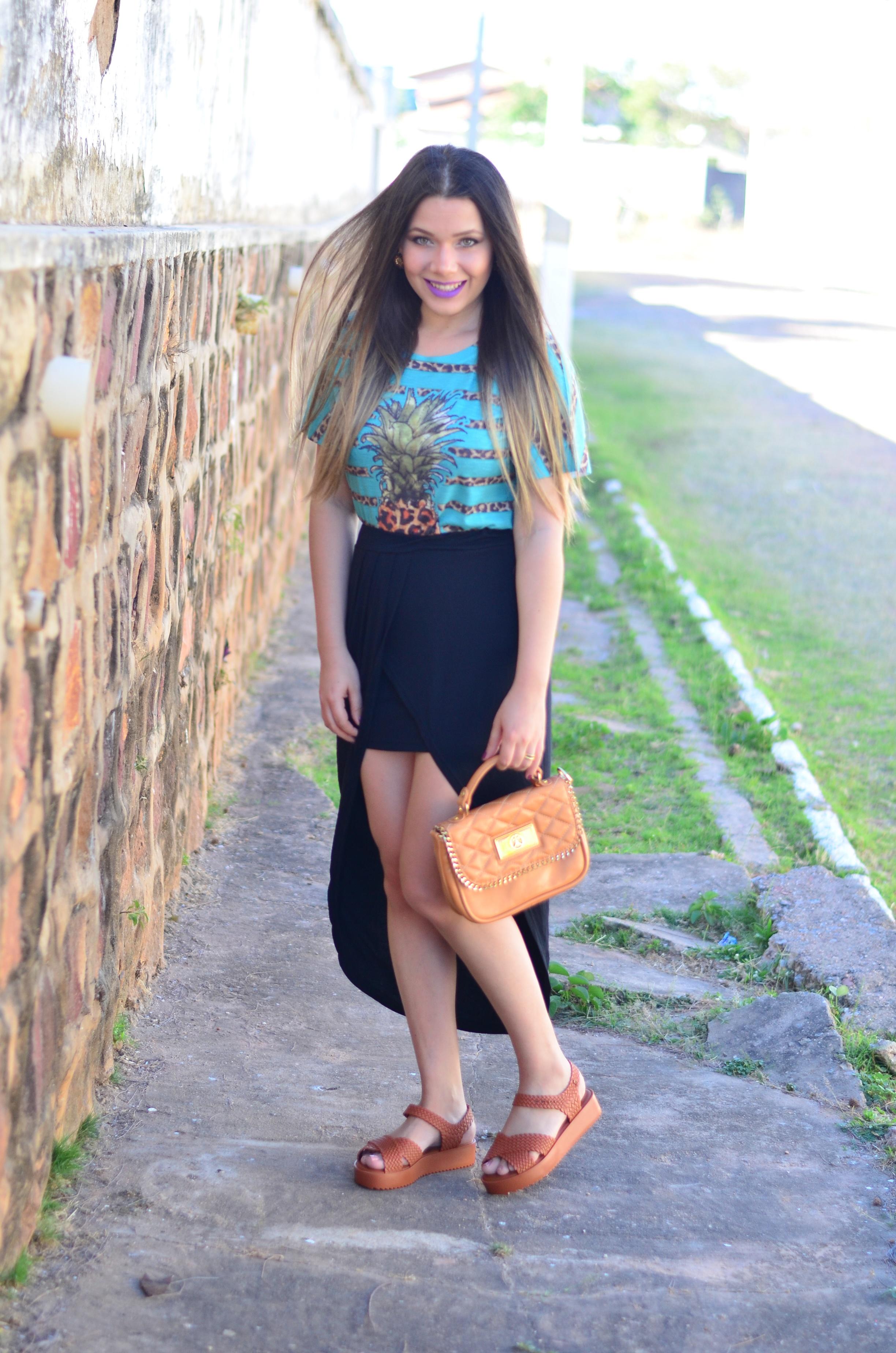 look-saia-assimetrica-t-shirt-abacaxi-melissa-hotness-salinas5
