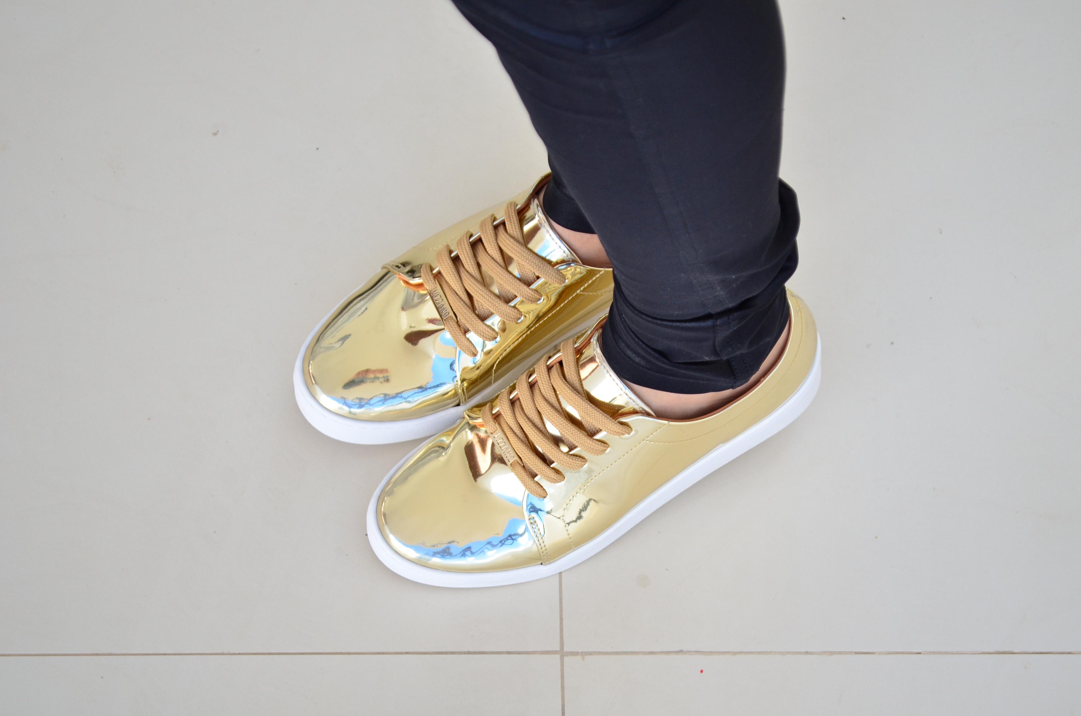 look tênis dourado vizzano e bandana 15