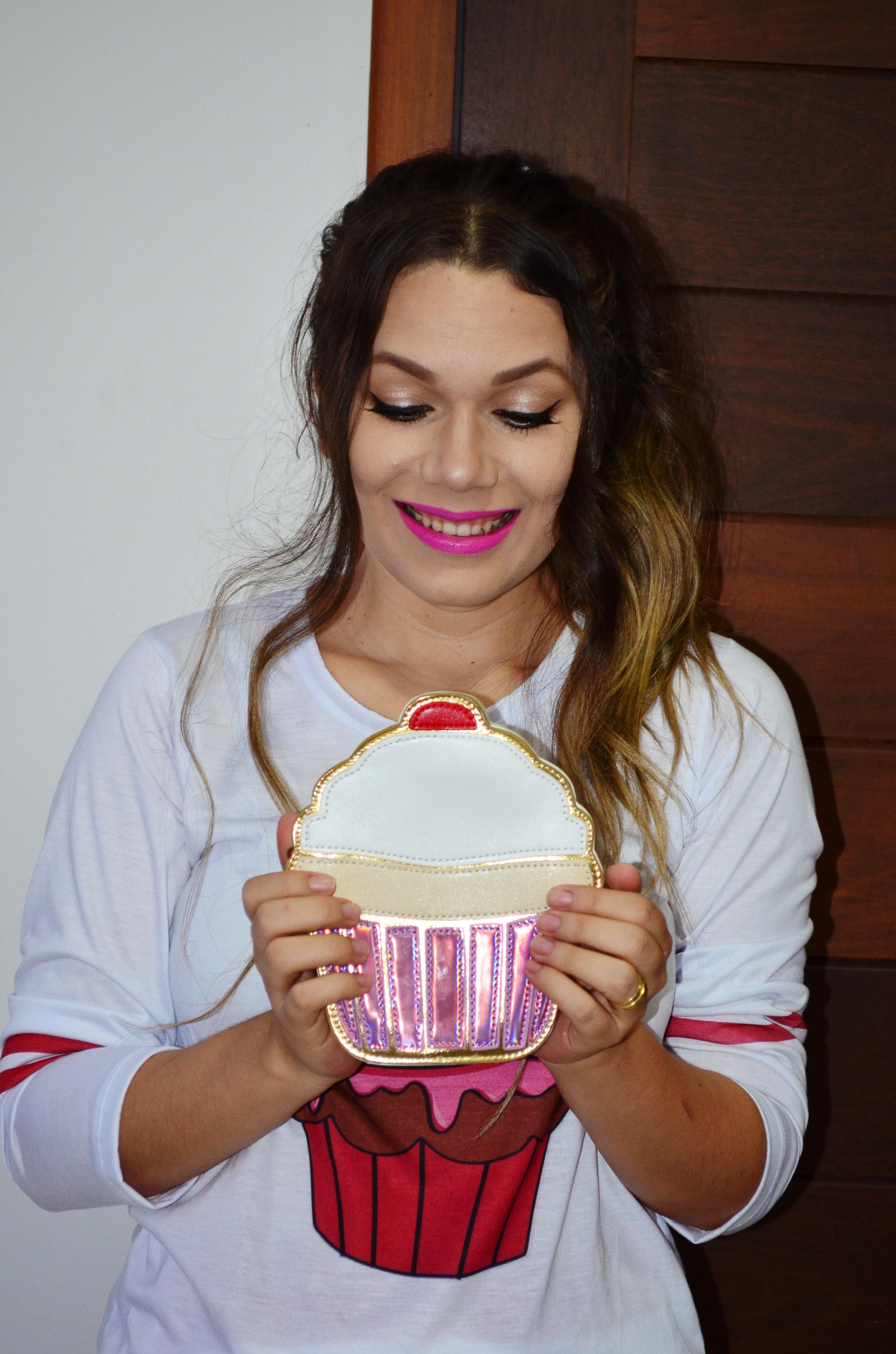 look-melissa-vivienne-westwood-anglomania-melissa-solar-ii-camisa-cupcake-e-saia-pink-16