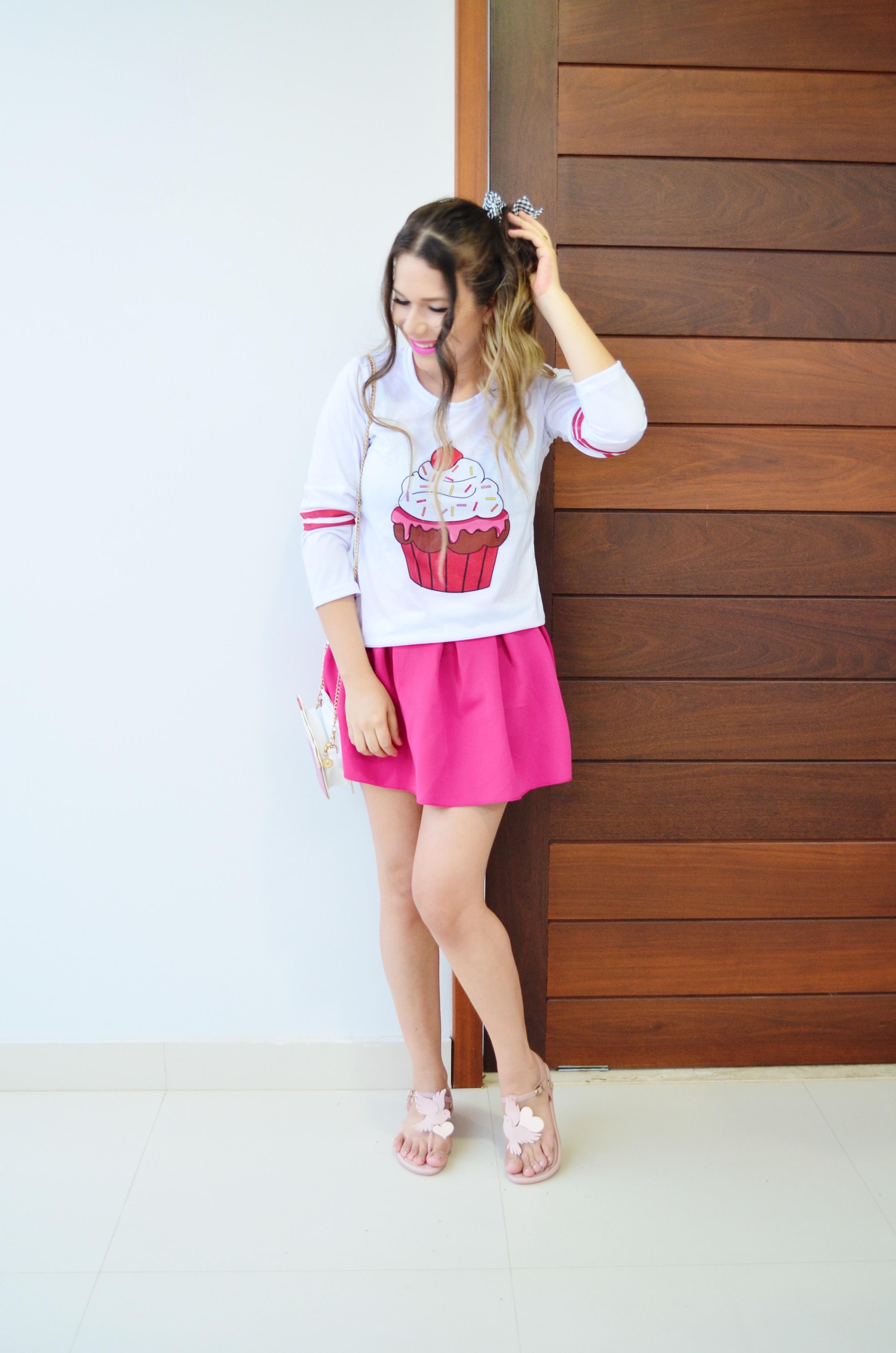 look-melissa-vivienne-westwood-anglomania-melissa-solar-ii-camisa-cupcake-e-saia-pink-2