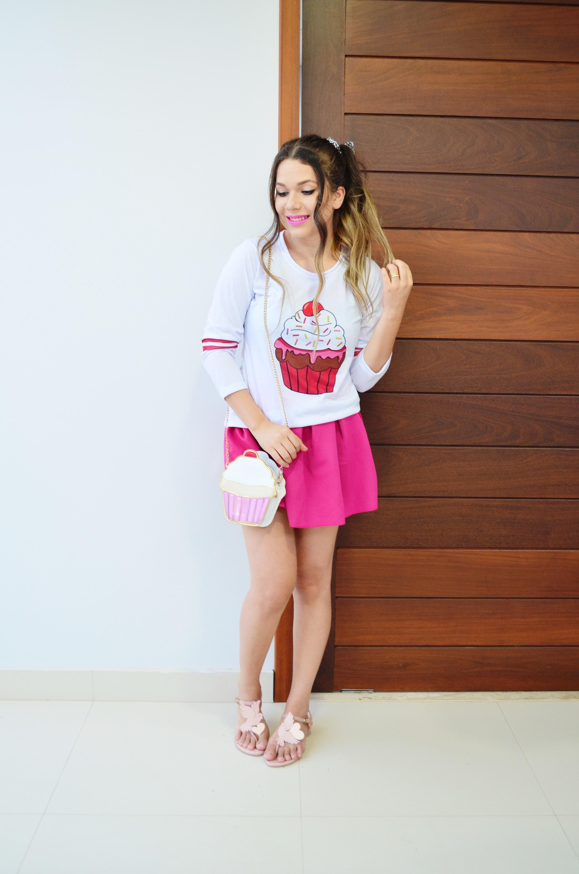 look-melissa-vivienne-westwood-anglomania-melissa-solar-ii-camisa-cupcake-e-saia-pink-3