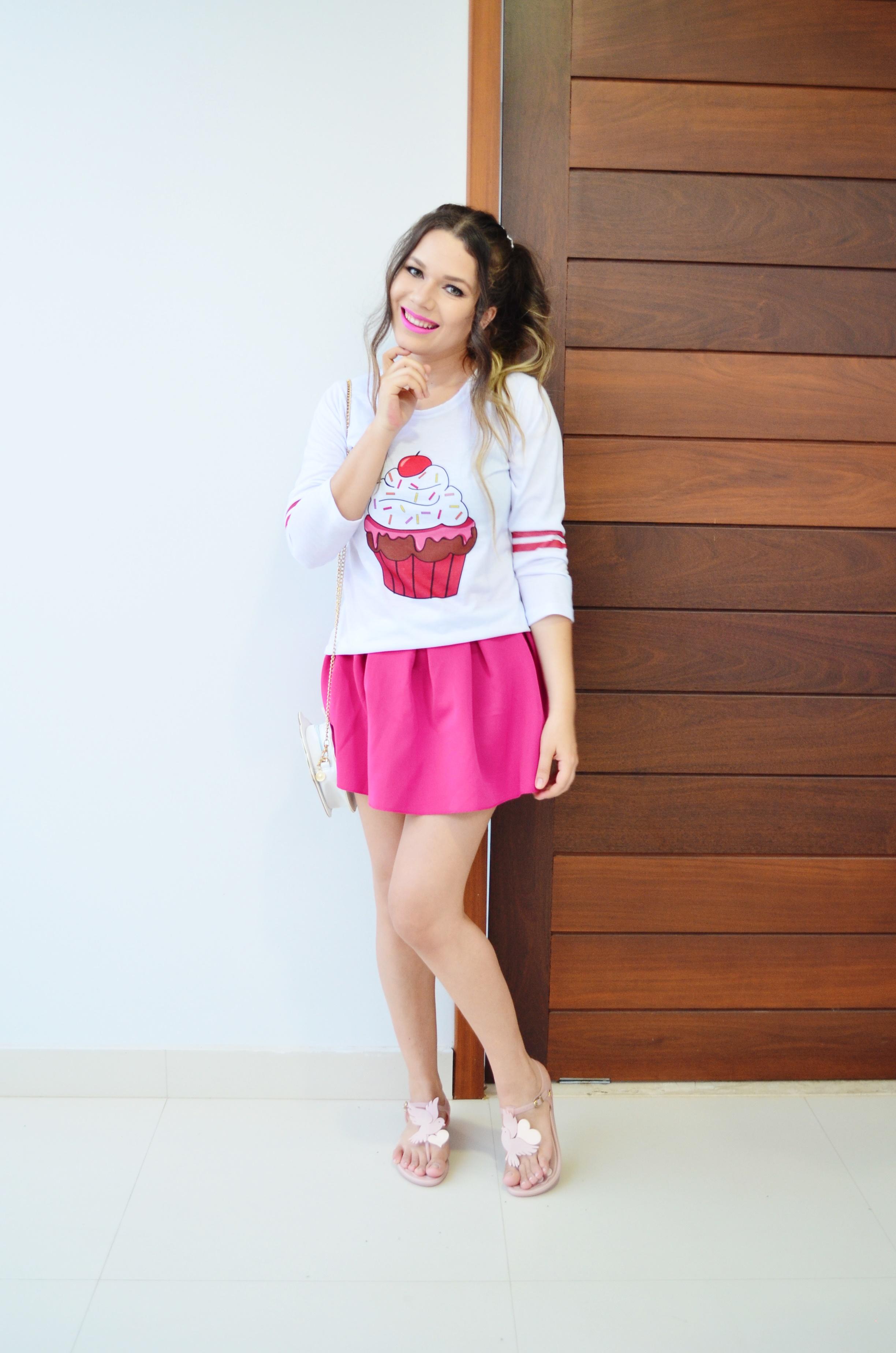 look-melissa-vivienne-westwood-anglomania-melissa-solar-ii-camisa-cupcake-e-saia-pink