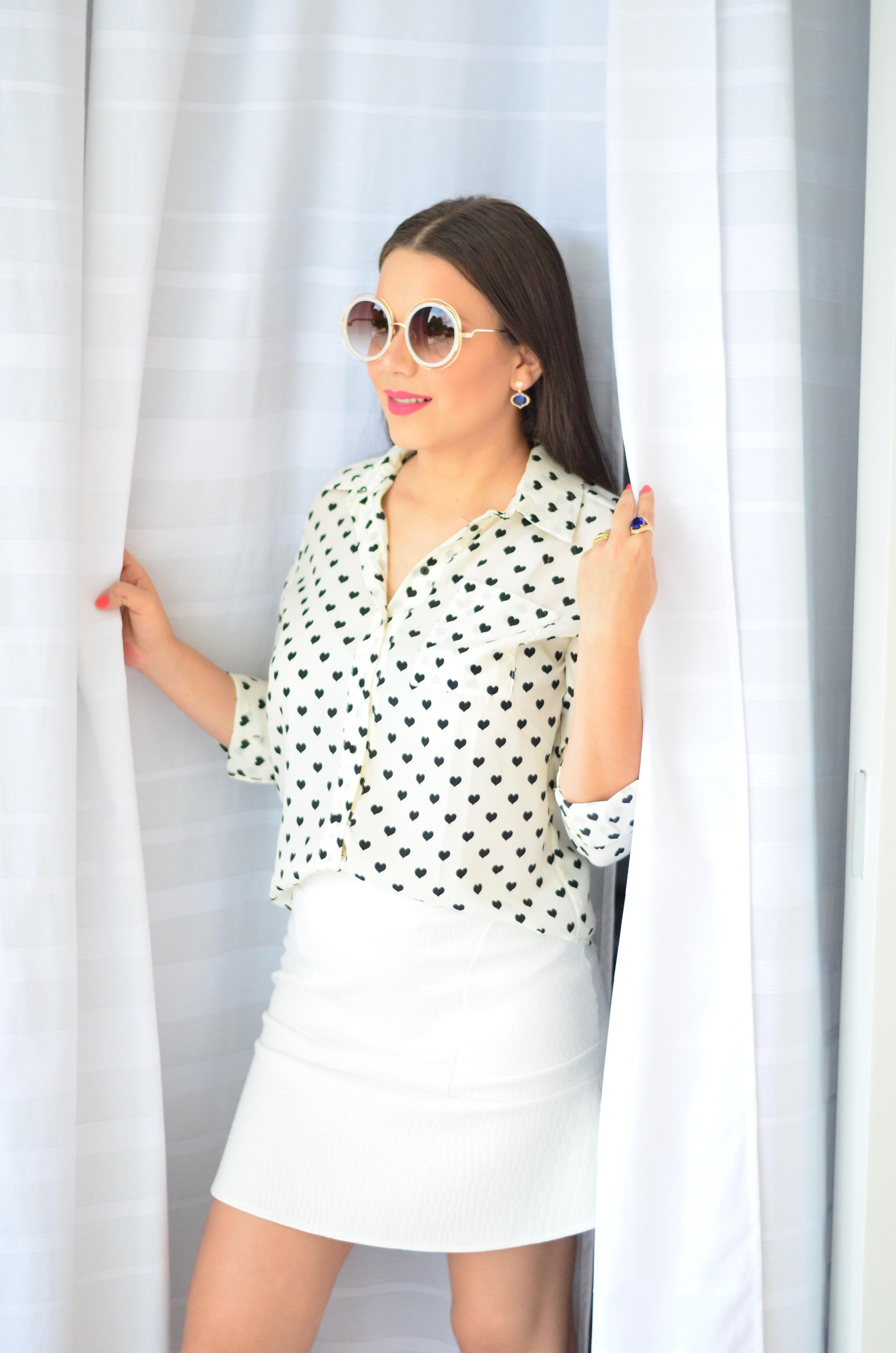 look-saia-e-camisa-branca-com-oculos-inspiracao-chloe-3