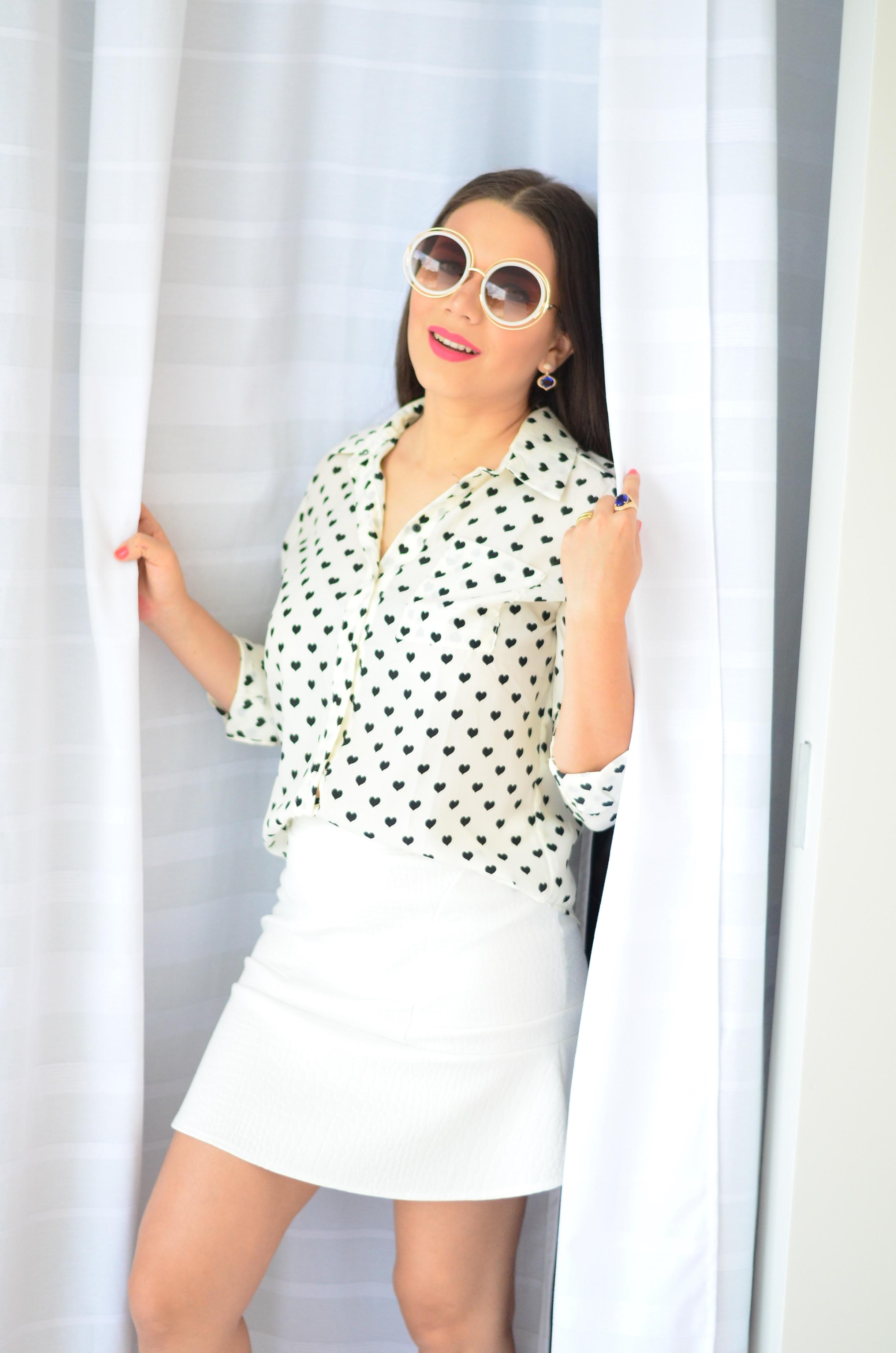 look-saia-e-camisa-branca-com-oculos-inspiracao-chloe-5