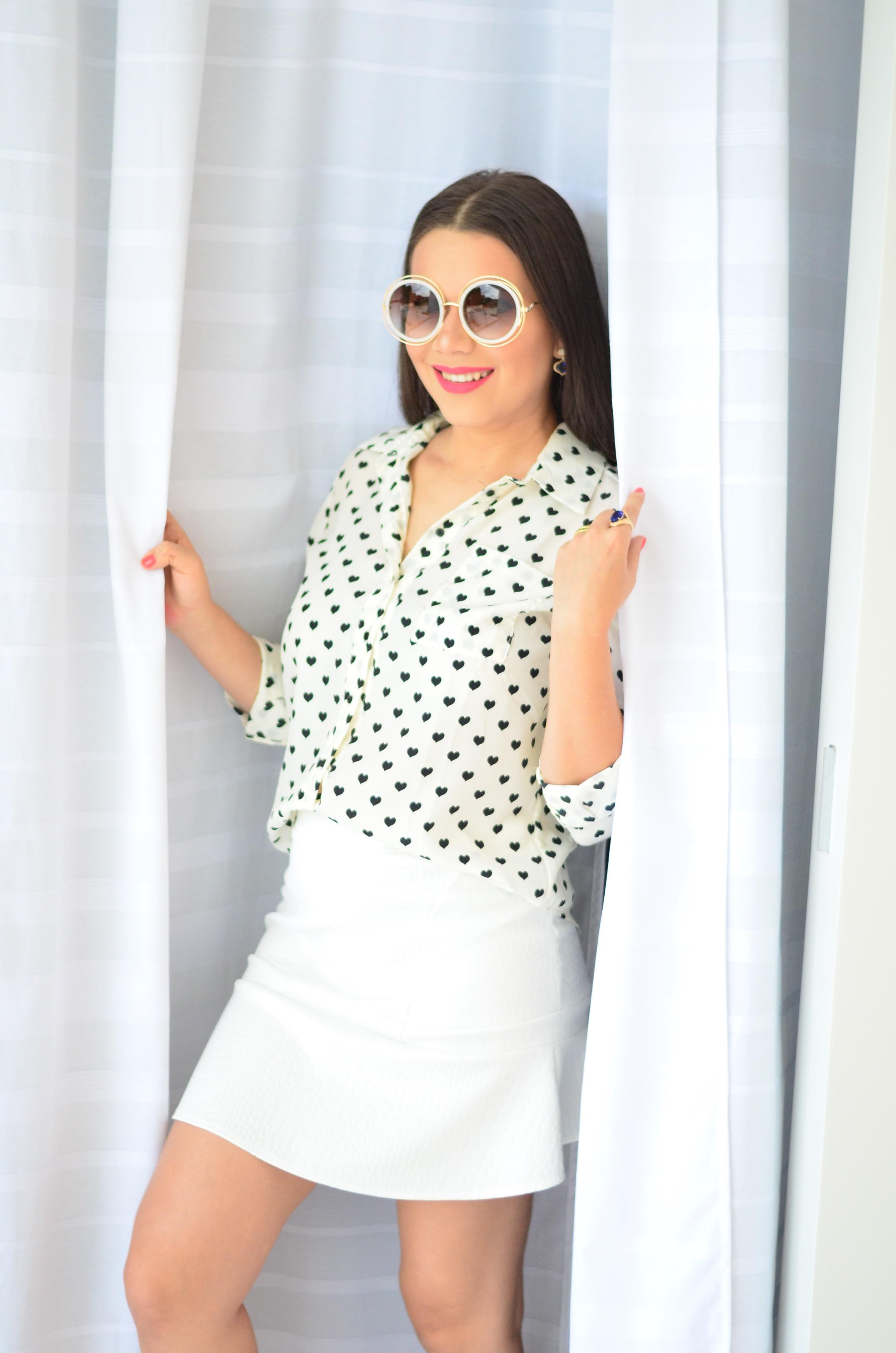 look-saia-e-camisa-branca-com-oculos-inspiracao-chloe-6