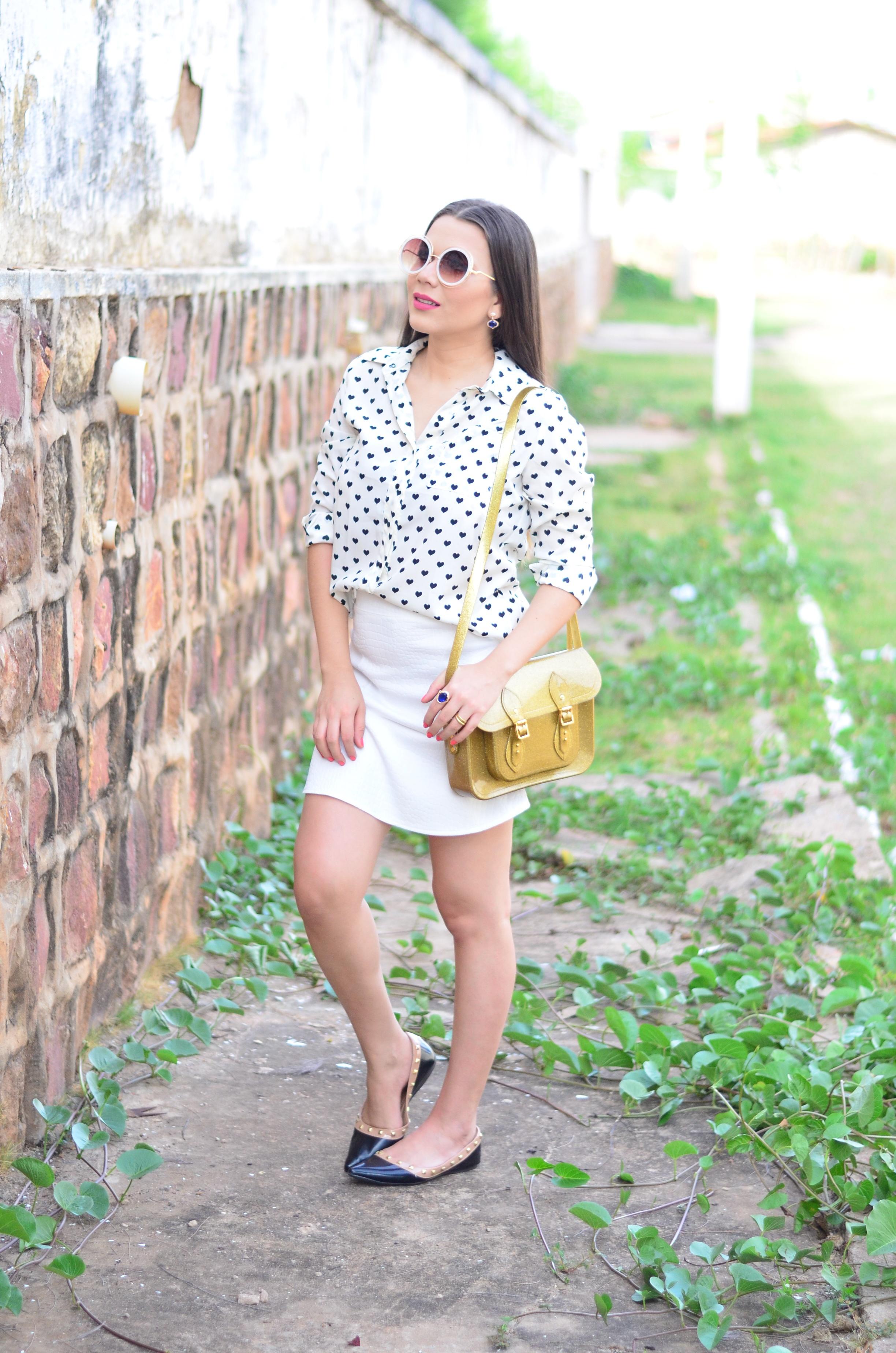 look-saia-e-camisa-branca-com-oculos-inspiracao-chloe-7