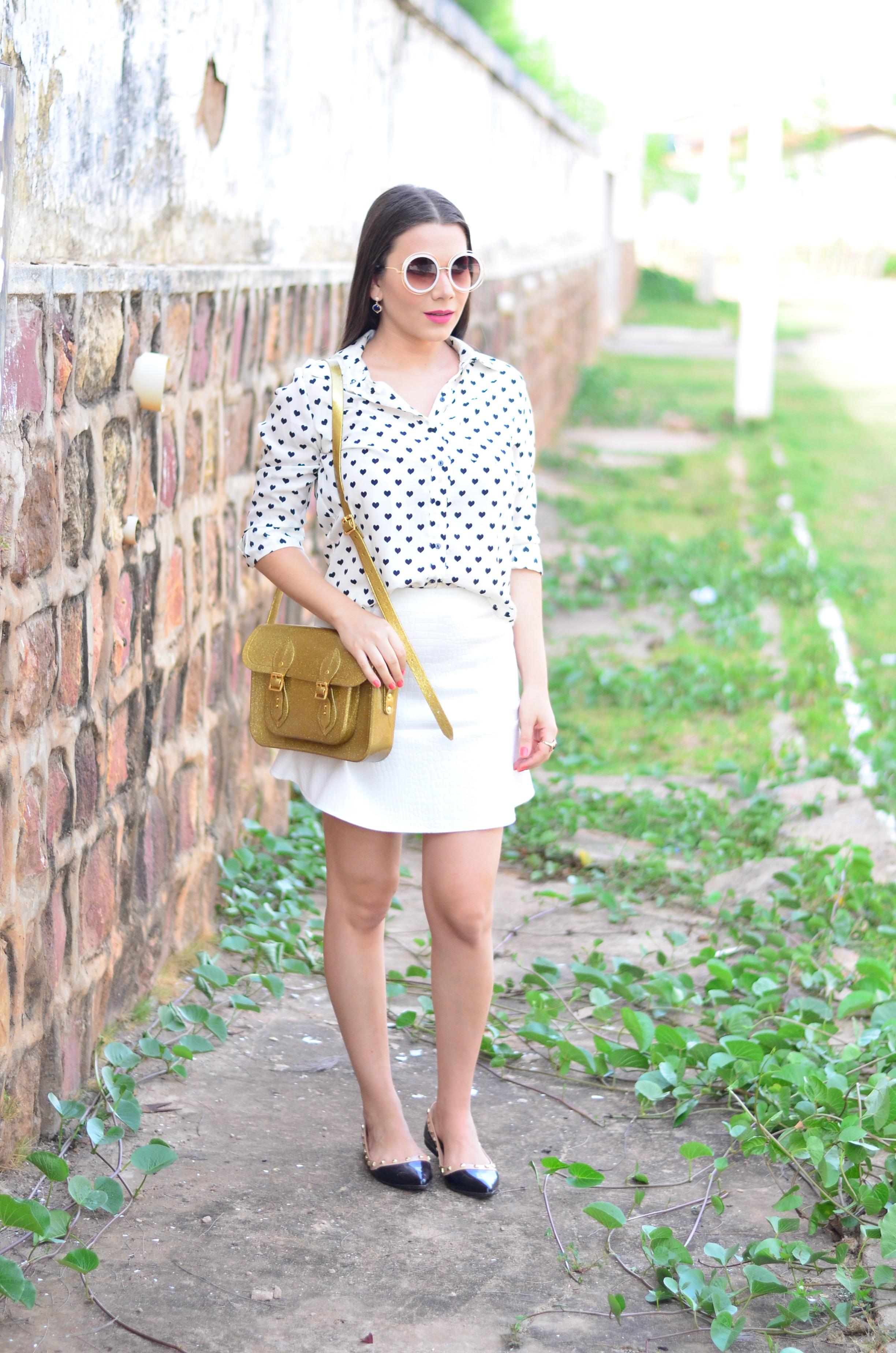 look-saia-e-camisa-branca-com-oculos-inspiracao-chloe-9