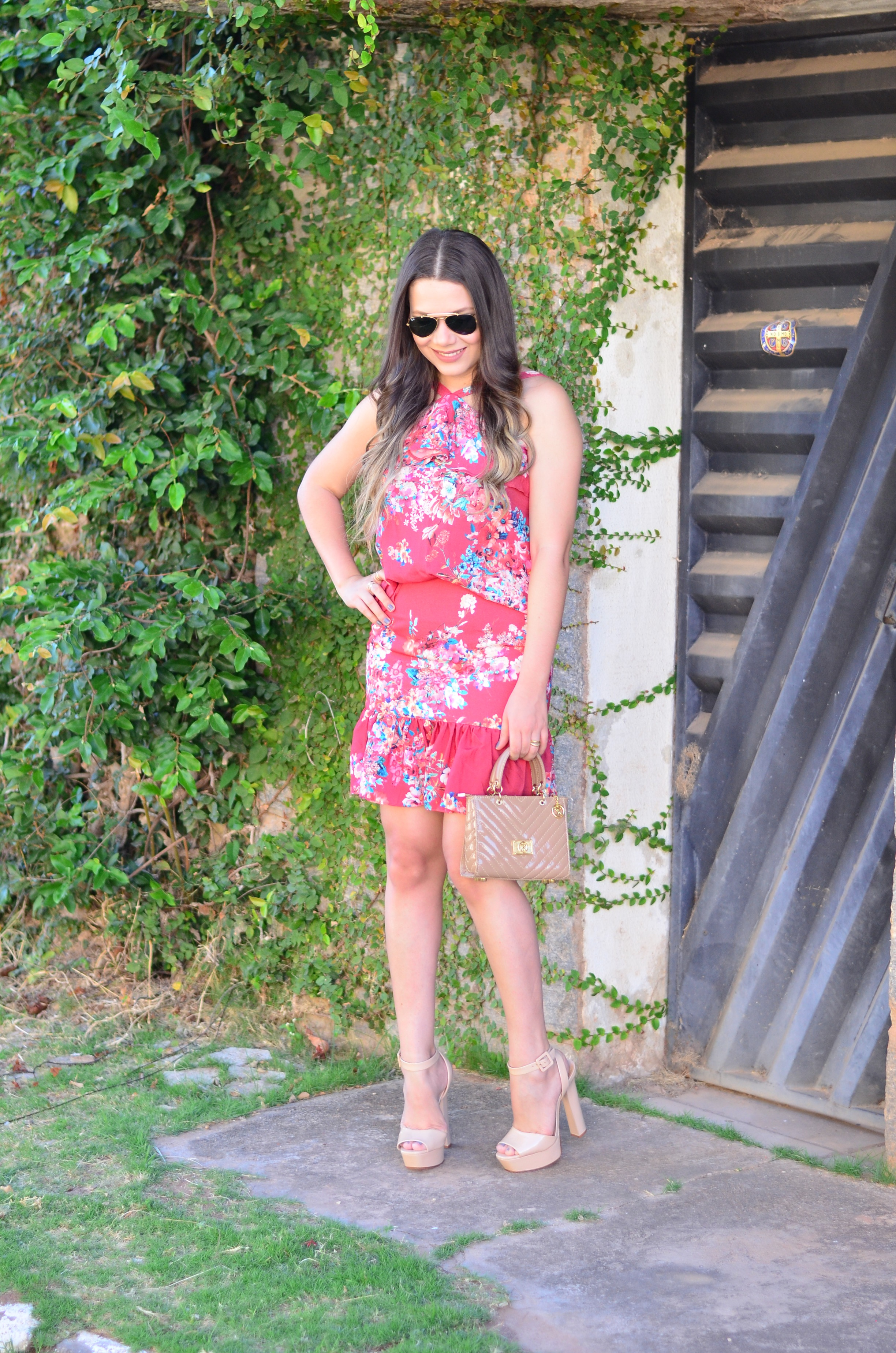 look-do-dia-conjunto-floral-e-salto-schutz-mini-bag6