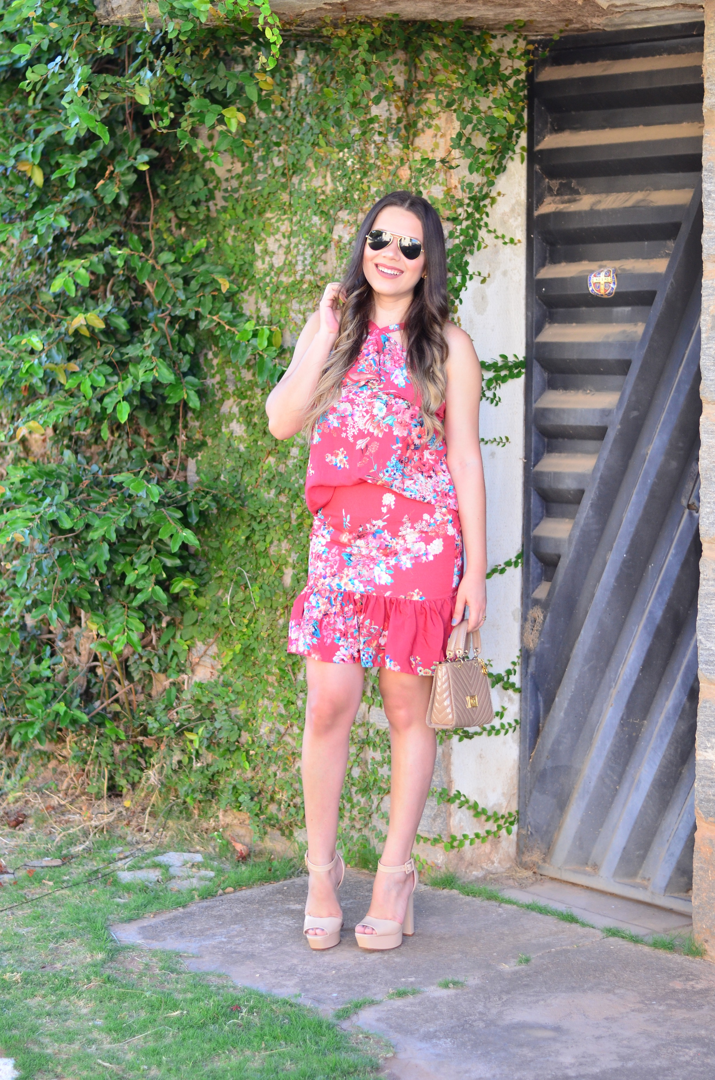 look-do-dia-conjunto-floral-e-salto-schutz-mini-bag7