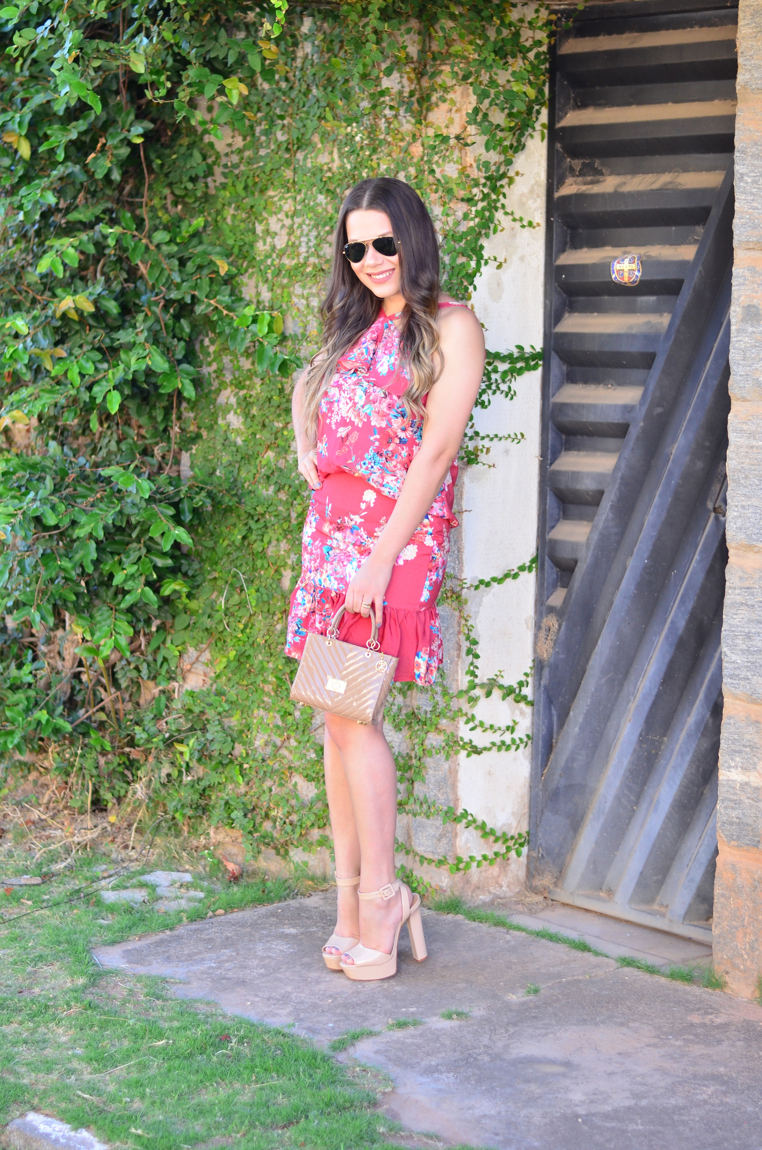 look-do-dia-conjunto-floral-e-salto-schutz-mini-bag9