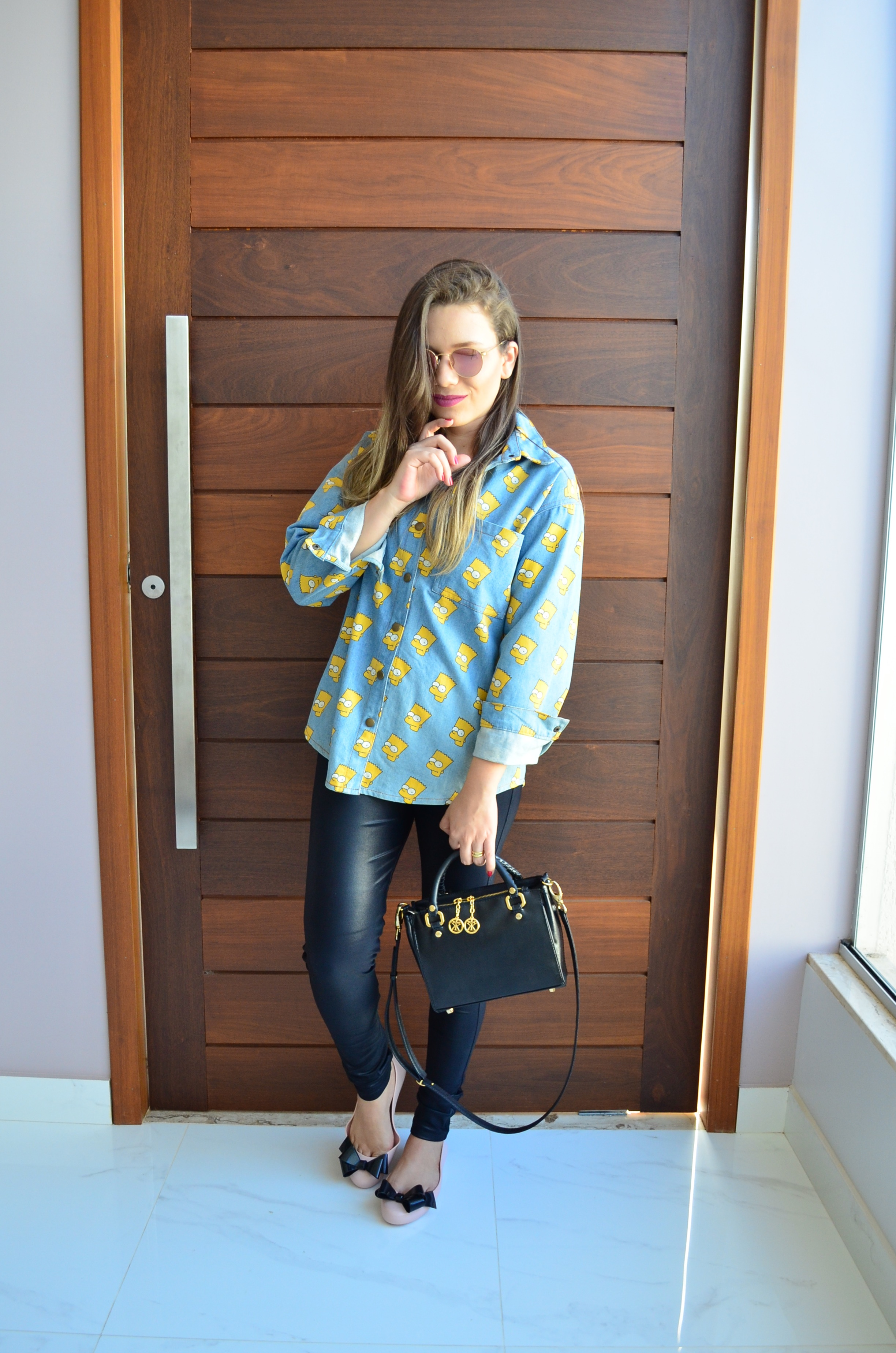 look-camisa-jeans-bart-melissa-space-love-iv-2