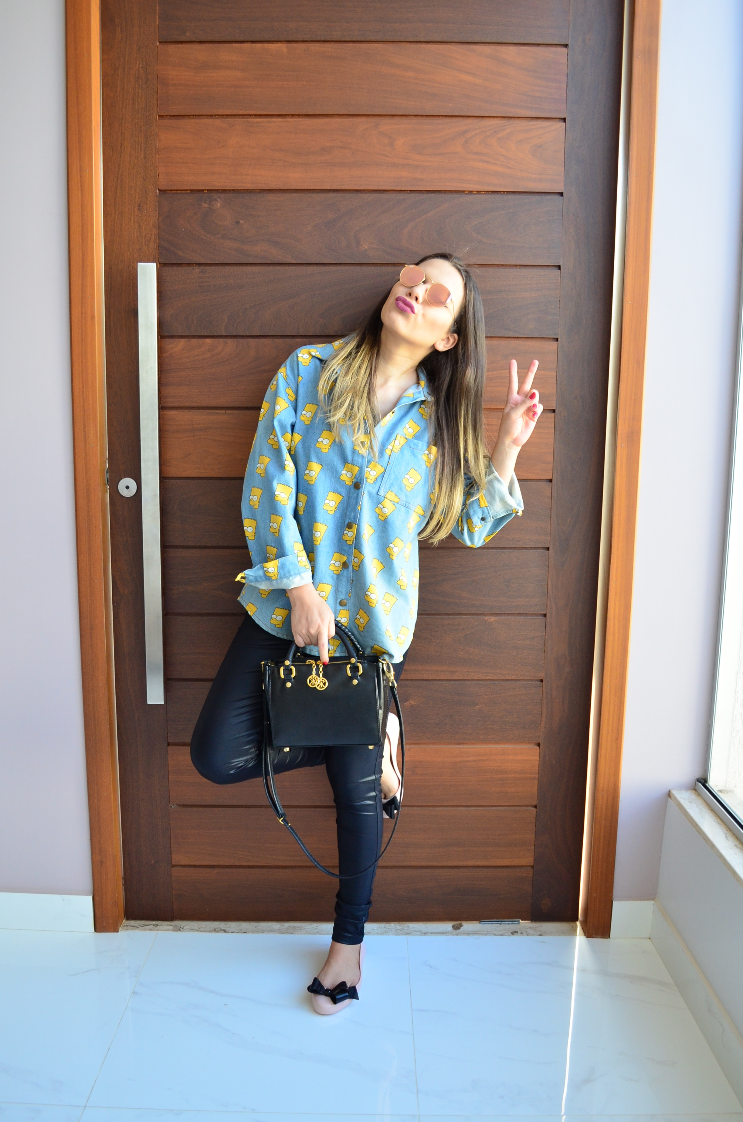 look-camisa-jeans-bart-melissa-space-love-iv-5