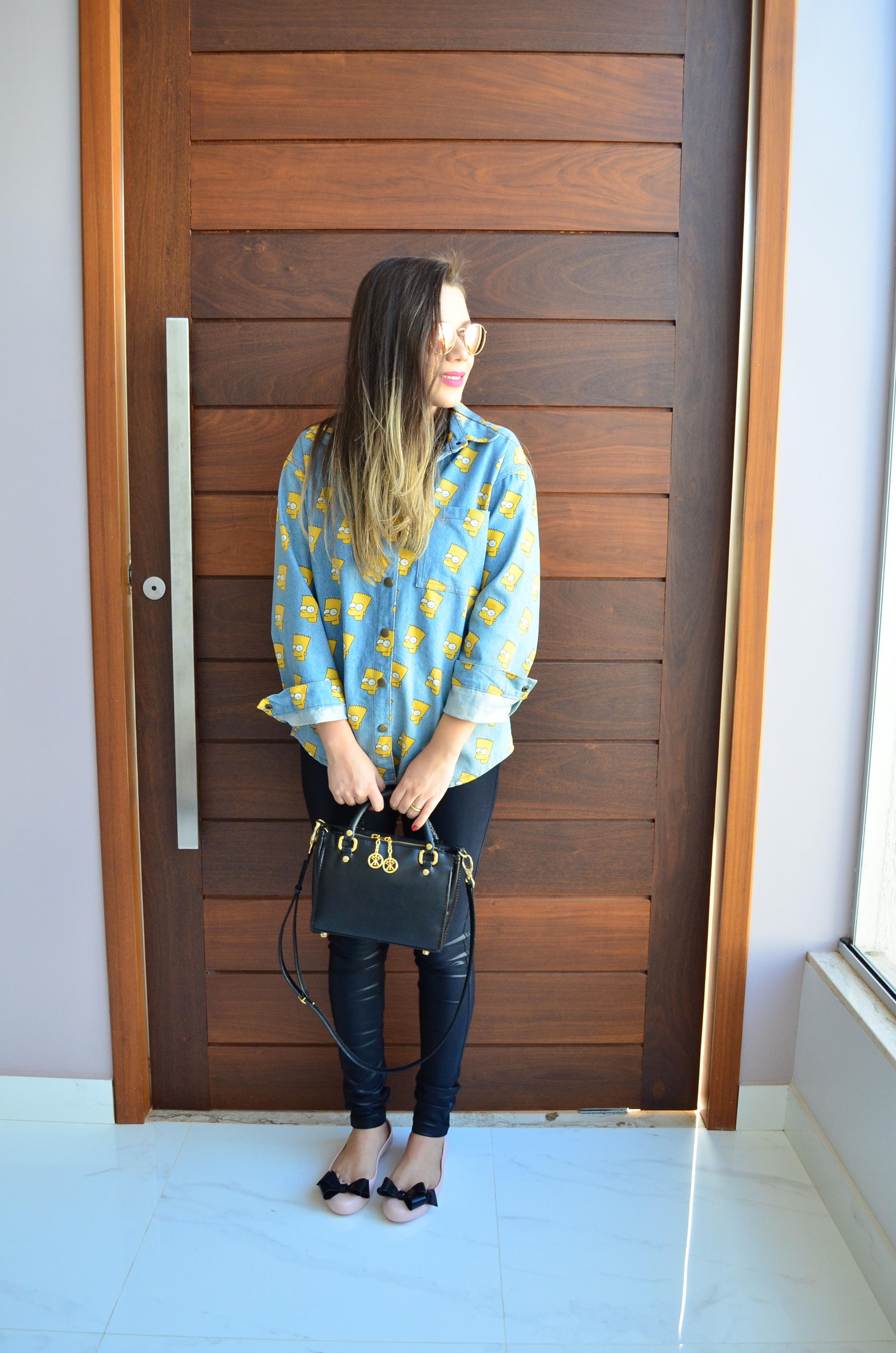 look-camisa-jeans-bart-melissa-space-love-iv